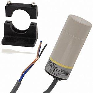 sensor capacitivo, DC 3 fios, 34mm, NA, NPN, distância de detecção: 3 a 25mm, com cabo 2m, ambiente de operação -25º a 7  E2K-C25ME1