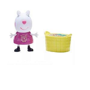 Peppa Pig Suzi Ovelha com Cesto de Brinquedos