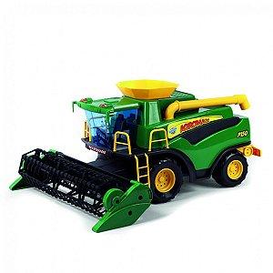 Colheitadeira Fazendeiro Poliplac Verde