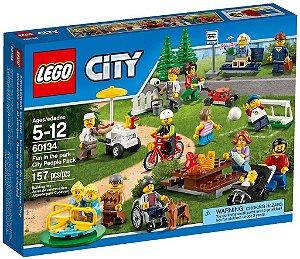 Lego City - Diversão no Parque Com Pessoas da Cidade 60134 LEGO