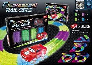 Carro Pista Fosforescente Brilha No Escuro Carros