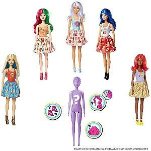 Boneca Barbie Surpresa Coloca na Aguá 7 Acessórios Roxa