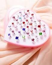 Sua PRINCESA sempre  linda com o kit de anéis variados