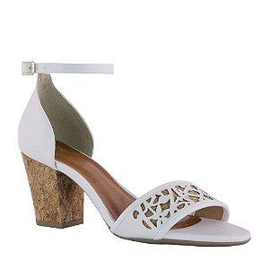 Sandália com Calcanhar Fechado e Salto Médio em Cortiça - 10019348