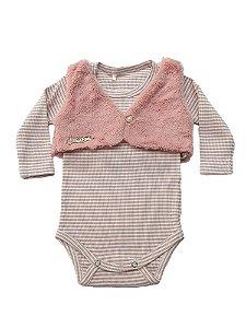 Body Bebê Menina Rosa com Bolero de Pelos Manga Comprida