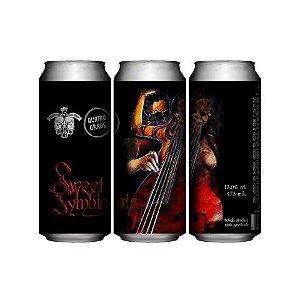 Cerveja Quatro Graus + 5 Elementos Sweet Symbiosis 2020 Imperial Pastry Stout C/ Morango, Cacau, Baunilha, Mel e Lactose Lata - 473ml