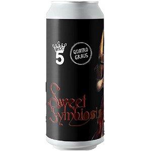 Cerveja Quatro Graus + 5 Elementos Sweet Symbiosis 2021 Imperial Pastry Stout C/ Morango, Cacau, Baunilha, Mel e Lactose Lata - 473ml