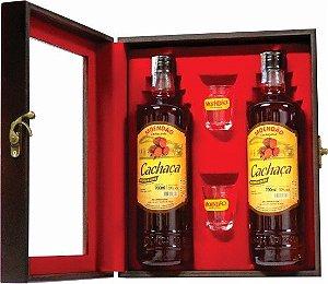 Kit 2 Cachaças Artesanais Moendão Ouro 4.6 Anos + Kit Personalizado