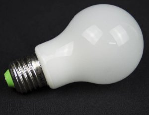 LAMPADA BULBO LED Vidro 360°IP57 Prova d`agua 7w Branco Frio