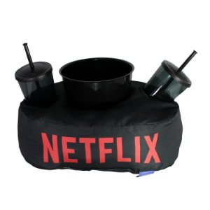 """Almofada Porta Pipoca """"Netflix"""""""