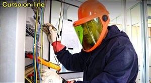 Curso de Eletricista de Manutenção