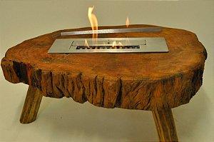 Lareira a álcool com base em tronco de madeira