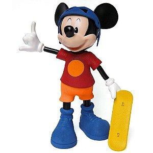 Boneco e Personagem Mickey Skatista Radical com Som Elka