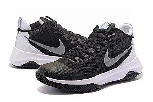 Nike Air Versatile