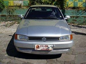 gol 1000i plus 1996/1996 com: ventilação quente e frio, limpador e desembaçador traseiro, motor 1.0 gasolina, rodas de liga leve