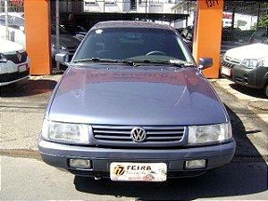 santana 1996/1997 com: ar-condicionado, direção hidraulica, vidros e travas eletricas, desembaçador traseiro, rodas de liga leve, motor 1.8 gasolina