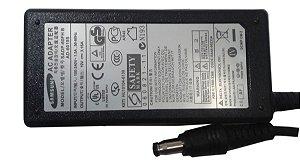 Fonte Carregador Notebook Samsung Np300e4c Rv411 Rv415 Rv420