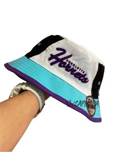 Bucket Hat New Era Dupla Face Charlotte Hornets x Yankees Purple White