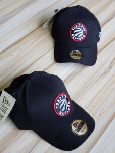 Cap New Era Toronto Raptors Black Strapback Aba Curva