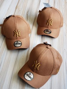 Cap New Era New York Yankees Land Strapback Aba Curva