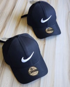 Cap Nike Trace Black Strapback Aba Curva
