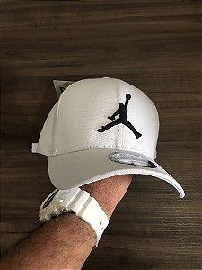 Cap Jordan Brand Jumpman White Strapback Aba Curva