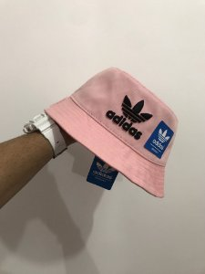 Bucket Hat Adidas Brand Rose