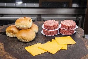 Kit Dry Aged Cheese Burger - DeBetti com 4 unidades