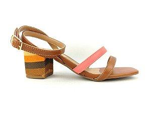 Sandália Marrom com Tiras Tornozelo Salto Grosso Baixo Trabalhado Color 5 cm