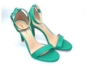 Sandália com Salto Fino Verde com Tira Fina