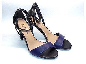 Sandália com Salto Fino Preto com Tira Fina Azul Marinho