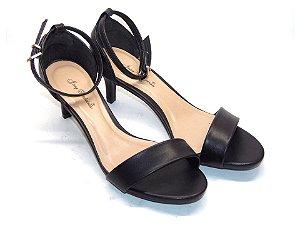 Sandália Preta CLássica com Salto Fino - Linha Premium