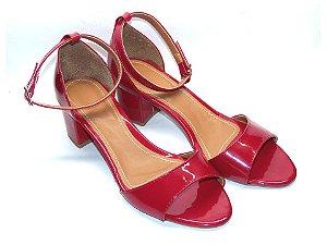 Sandália Vermelha em Verniz Salto Grosso Baixo
