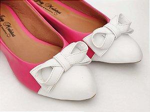 Sapatilha Rosa Pink com Bico e Laço Brancos
