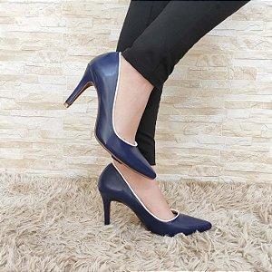 Scarpin Azul com Contorno Branco Salto Alto Fino 9 cm