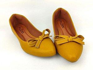 Sapatilha Amarela com Laço Pequeno