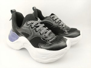 Tênis Chunky Sneaker Preto Clássico Solado Branco 5 cm