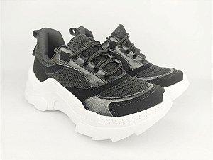 Tênis Chunky Sneaker Preto Clássico com Solado Branco 5 cm