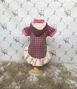 Vestido Rosa com Capuz