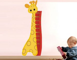 Adesivo de Parede Régua Girafinha