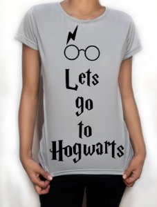 "Camiseta ""Lets go to Hogwarts"" - Harry Potter"