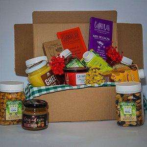 Caixa com produtos saudáveis diversos