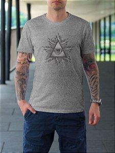"""Camiseta """"Olho que tudo vê"""""""