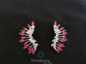 Brinco ear cuff cristais vermelho microzirconia banho ouro branco