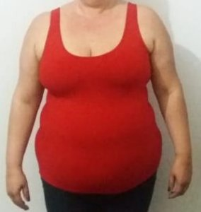 Camisete vermelho liso