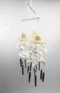 balancing hat w/ white shell chime - unid