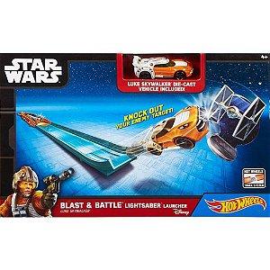 Pista Star Wars Lançador Sabre de Luz Laranja Hot Wheels Mattel