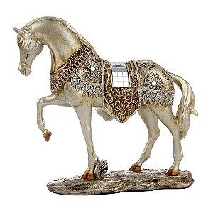 Cavalo Decorativo Dourado em Resina com Espelhos 27cm