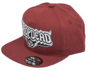 BONÉ DROP DEAD SNAPBACK BOLT BORDO