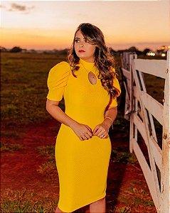 Vestido Tubinho Amarelo em Gorgurinho